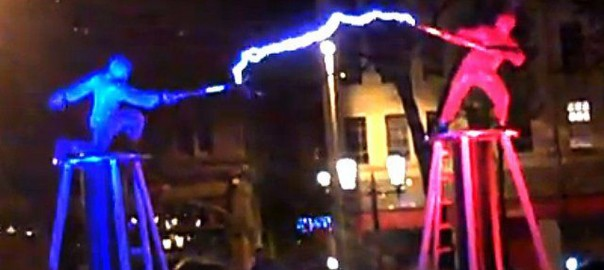 Street Performers Go HeadtoHead in Electrifying Tesla Coil Fight – Multimedia Producer